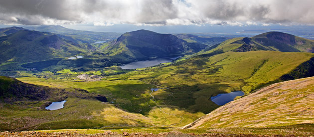 Land of Myth and Legend: Folklore and Fairy Tales of Snowdonia