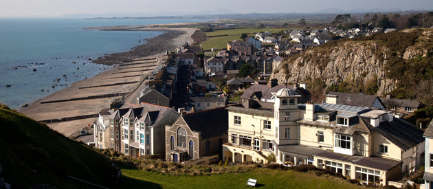 Llŷn ​Peninsula​ is located in the Gwynedd region of Wales, United Kingdom.